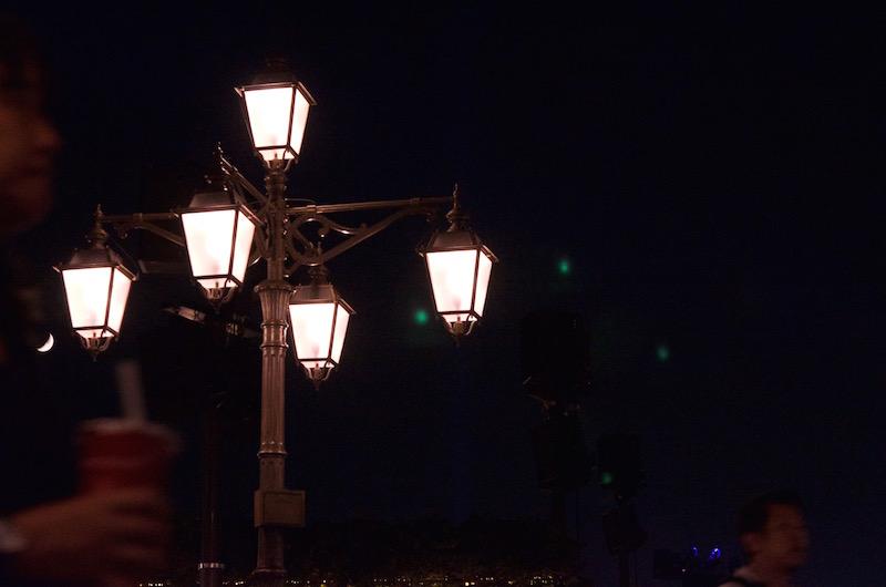 ディズニーランドの夜