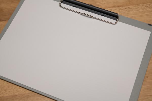 コピー用紙とクリップボードがあればパーペキじゃね?