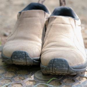 【この靴、調子いんだわ♪】カメラマン・散歩ニスト・街歩き・野原歩きに最適と思えるメレルのジャングルモックについて
