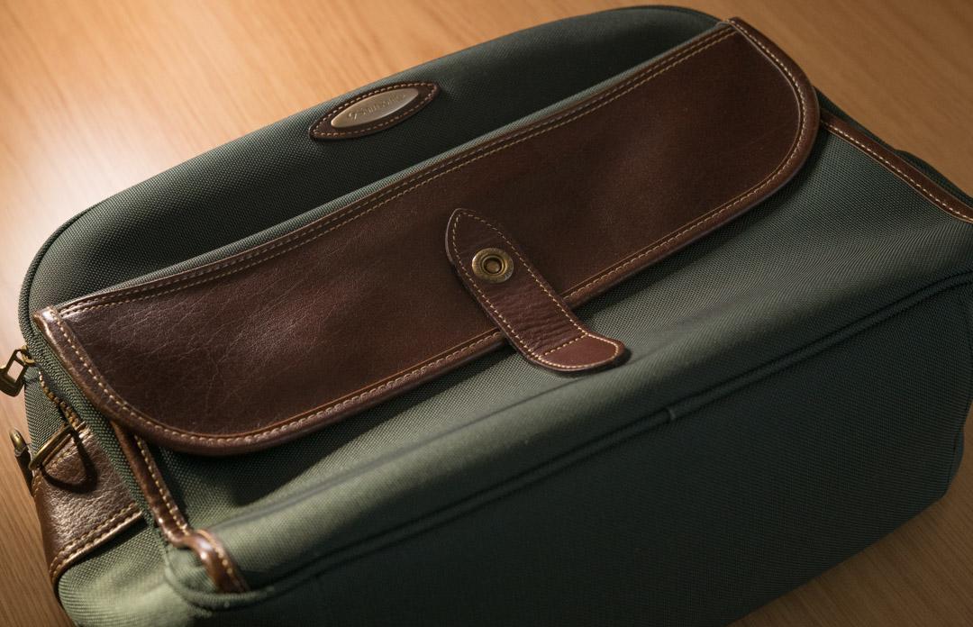 【経年変化を見守る その2】旧型のサムソナイトのビジネスバッグ・ブリーフケースをパシャリする♪