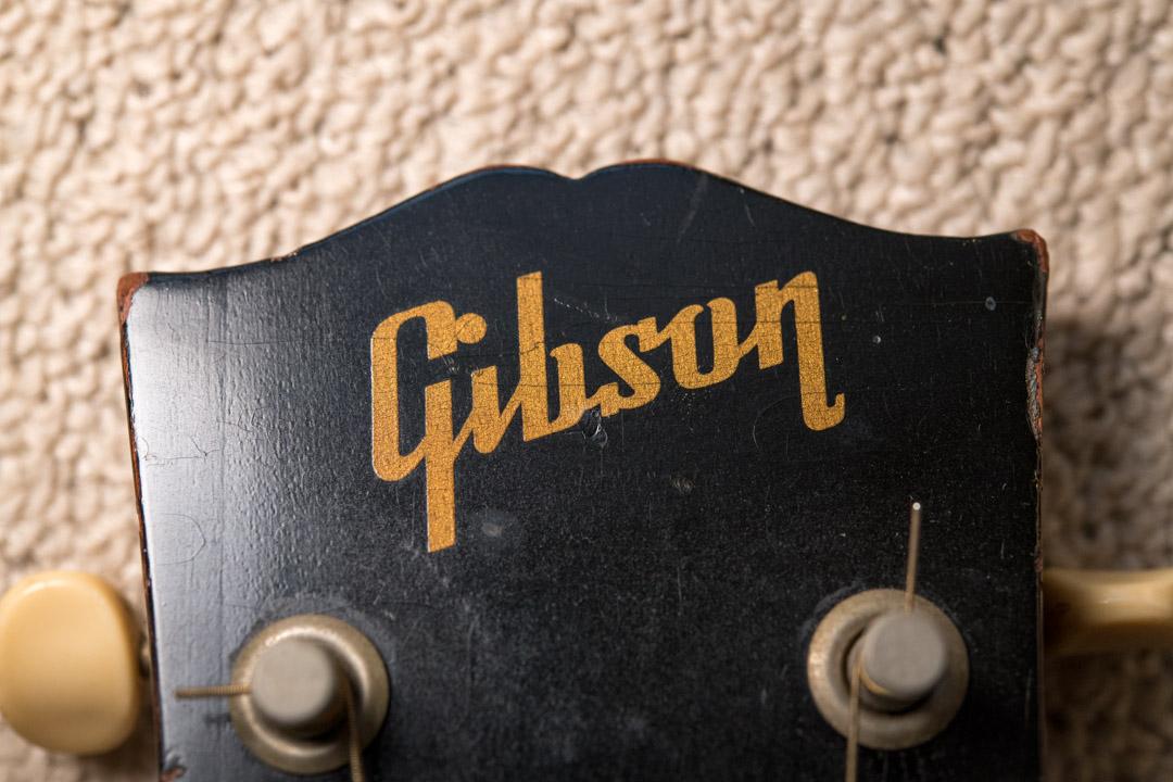 【経年変化を見守る その1】Gibson(ギブソン)B-25 アコースティクギターをパシャリ♪