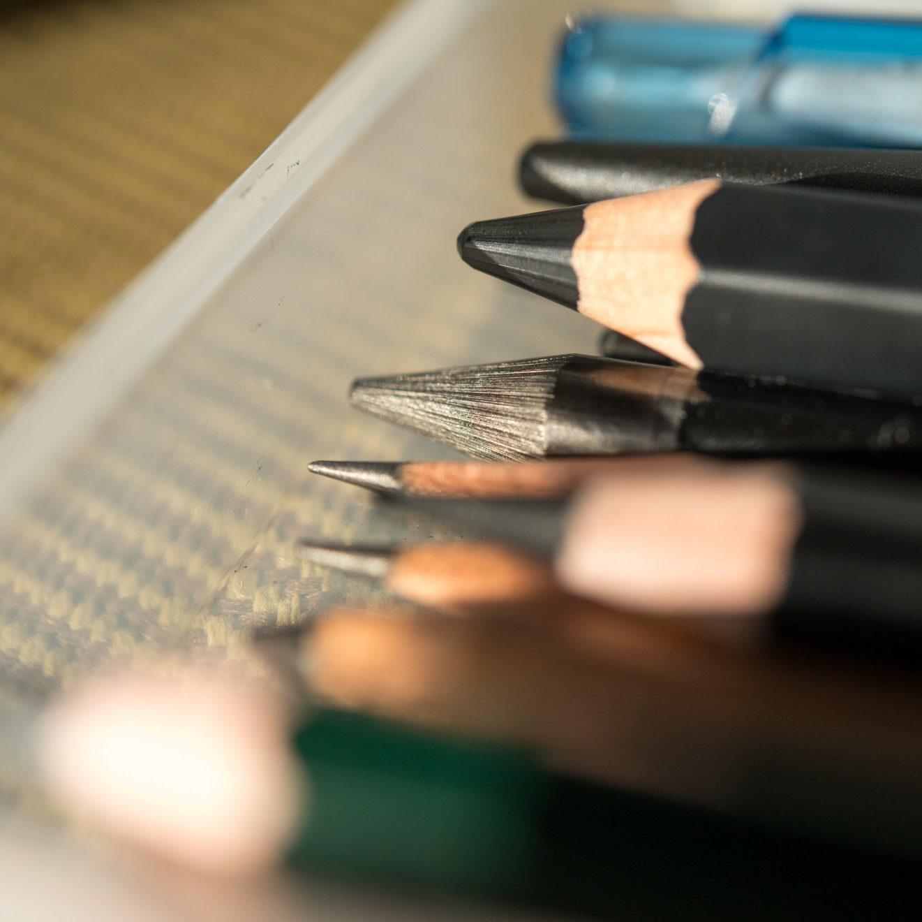【買ったよ♪】新宿の世界堂で鉛筆とか色鉛筆とかちょこちょこ買ったので、気になったものを軽くレビューする。